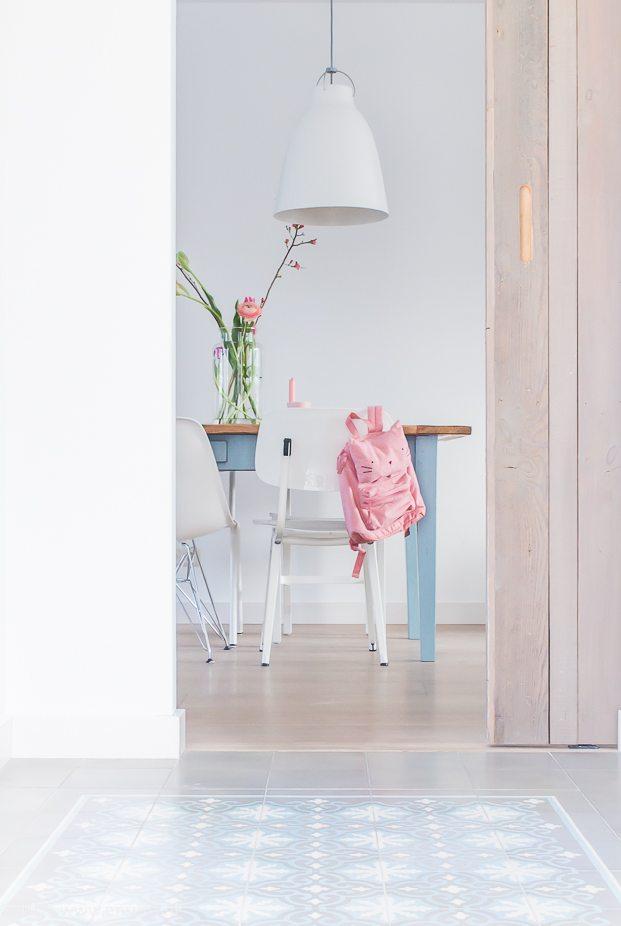 &SUUS | www.ensuus.nl | Stoere schuifdeur als binnendeur